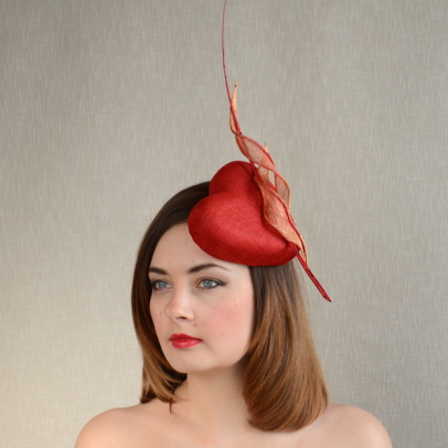 ADRIANA – heart-shaped fascinator