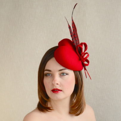 AMBER – Red Heart Fascinator
