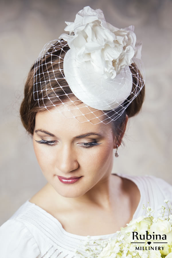 EMILY – Silk Bridal Pillbox Hat with Birdcage Veil and Flowers ... de15d6c1ee0