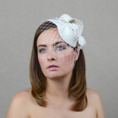 NICOLA white felt fascinator