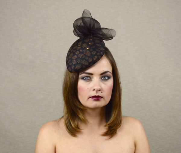 NOIR – black and copper teardrop hat with feather quill