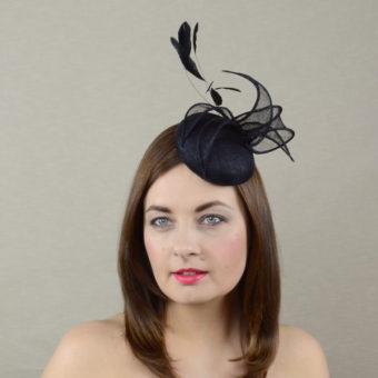 JEANETTE black pillbox hat